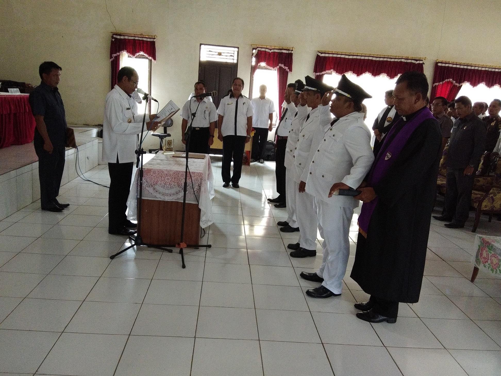 Bupati Gunung Mas Melantik Kepala Desa dan Damang Wilayah Kecamatan Rungan Hulu
